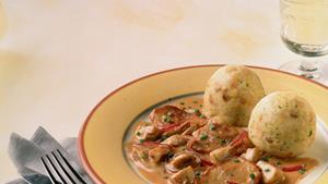 Pfanni recipe |  Bread dumplings with mushroom ragout